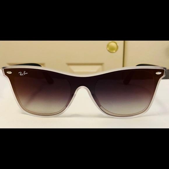 79db60e83a6 New Ray-Ban Blaze Wayfarer RB 4440-N Sunglasses. M 5b672b14800deead8c844460